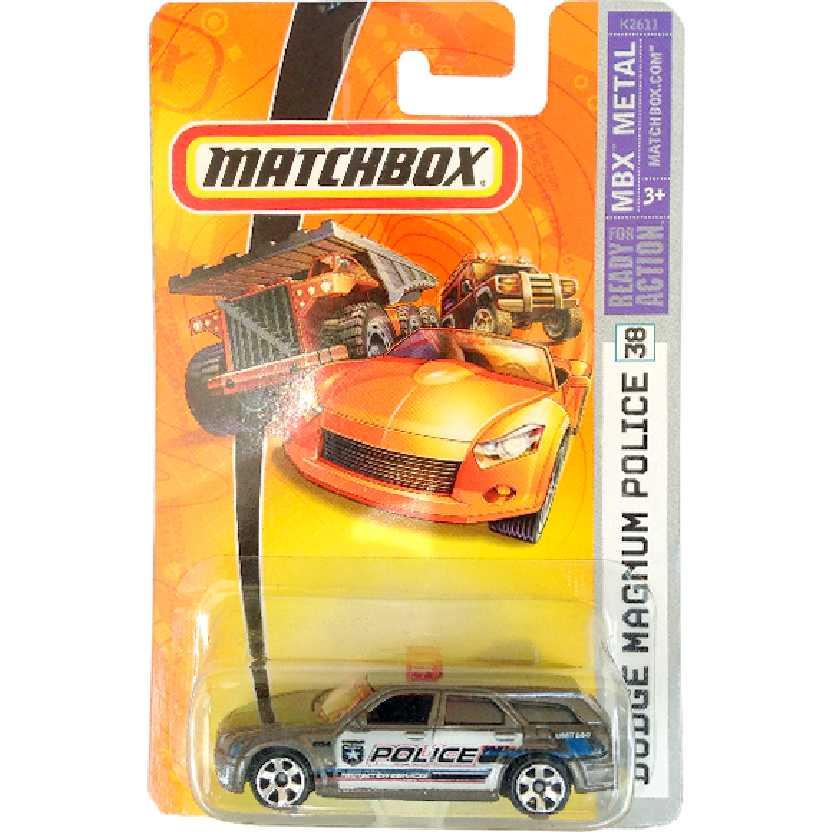 Coleção 2006 Matchbox Dodge Magnum Police #38 K2611 escala 1/64 (Raridade)