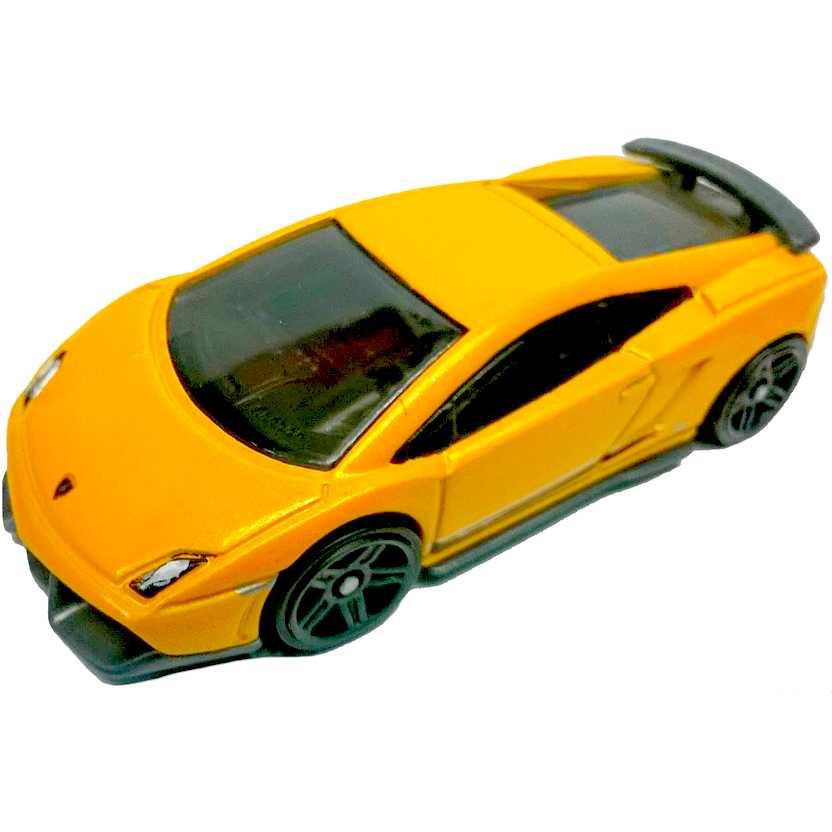 2011 Lamborghini Gallardo Exterior: Coleção 2011 Hot Wheels Lamborghini Gallardo LP 570-4