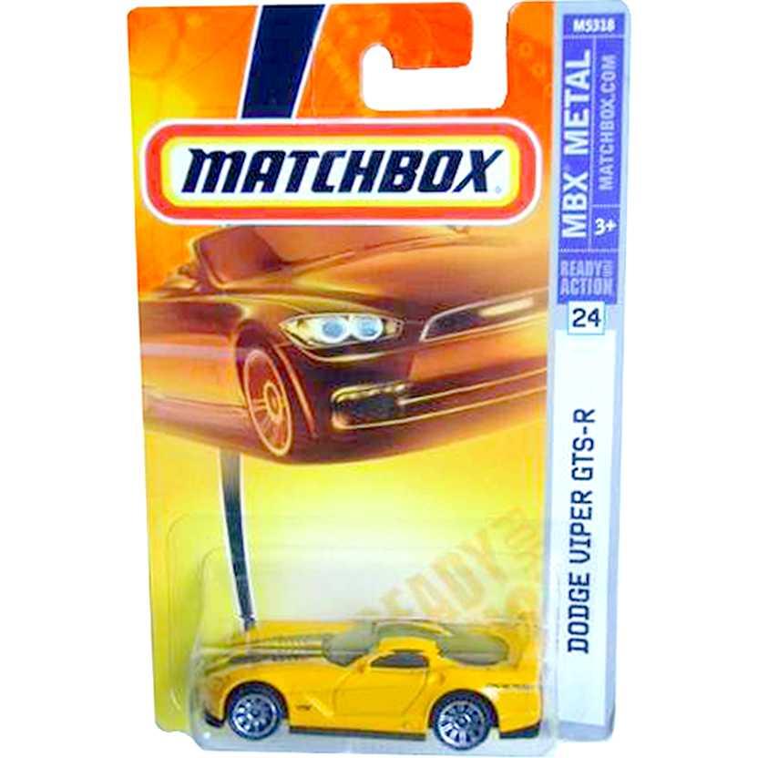 Coleção Matchbox 2008 Dodge Viper GTS-R amarelo número 24 M5318 escala 1/64