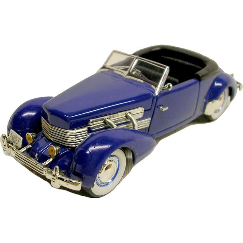 Cord 812 Supercharged (1937) marca Signature Models escala 1/32