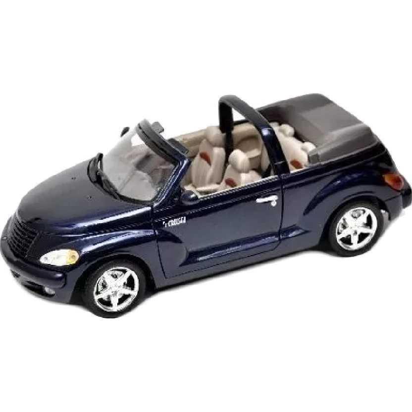 Crysler PT Cruiser conversível azul metálico escuro marca Motormax escala 1/18