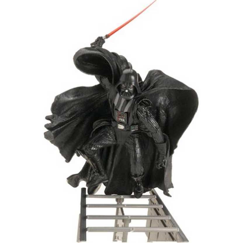Darth Vader Unleashed (lacrado) marca Hasbro