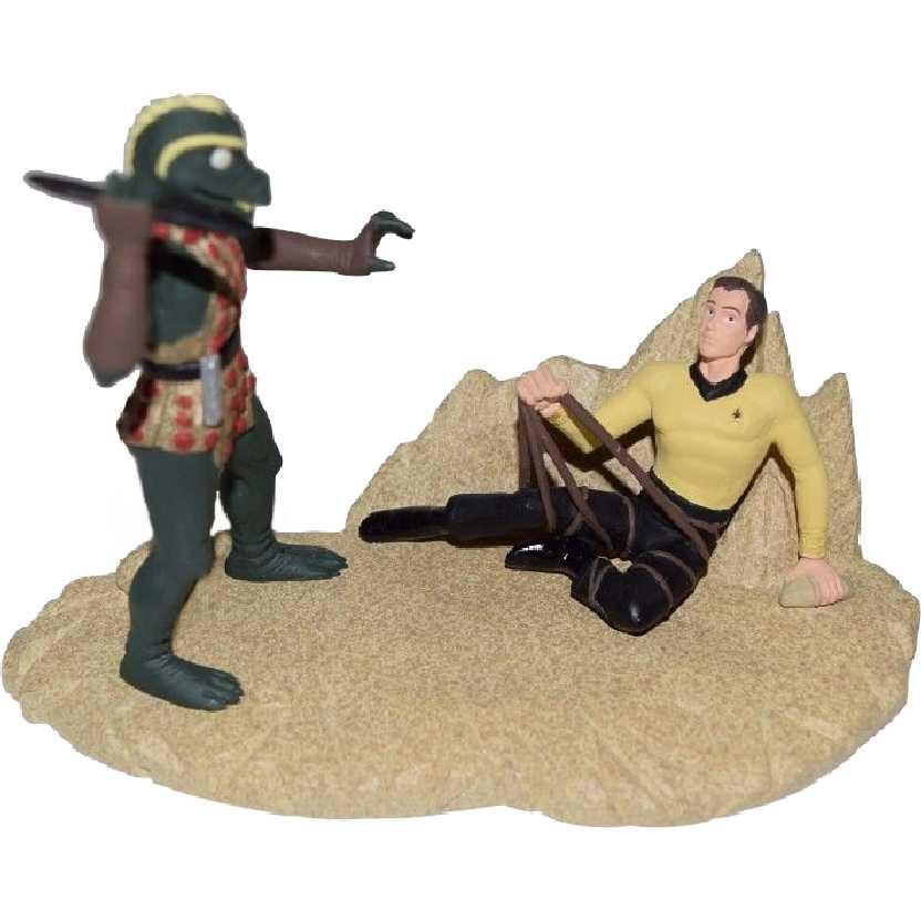 Diorama Capt James T Kirk x Gorn Star Trek Collectables 1996 Applause 1 of 7500