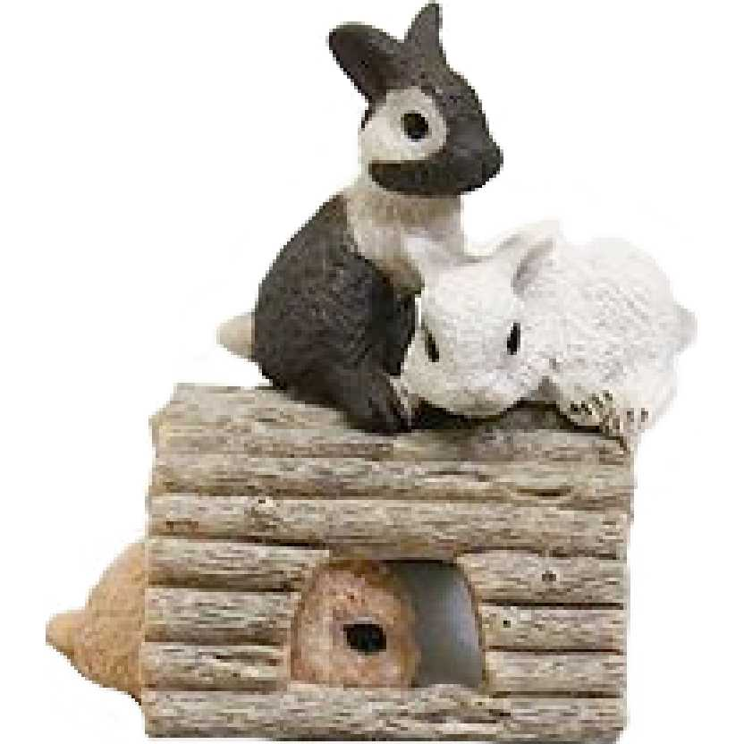 Diorama com 3 coelhos 13748 marca Schleich Baby Rabbits