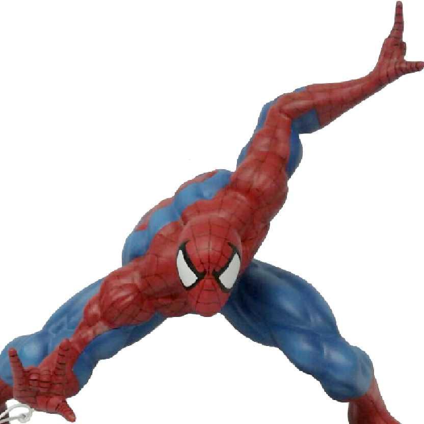 Diorama do Homem Aranha com garras do Doutor Octopus em resina