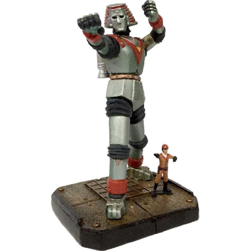 Diorama do Robô Gigante + Johnny Sokko