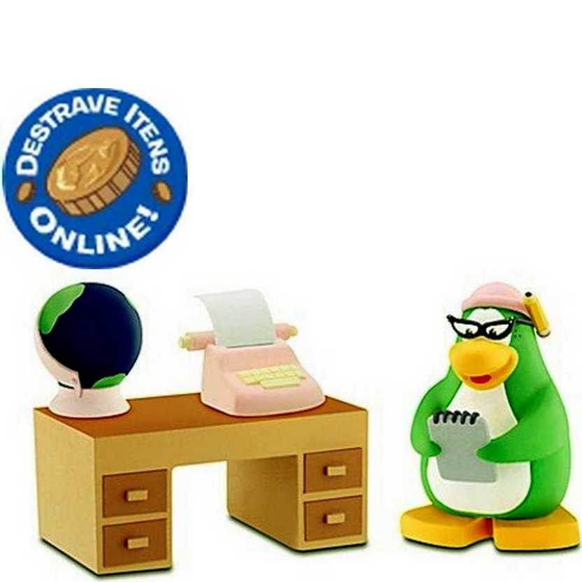 Disney Mix N Match Club Penguin Série 11 Aunt Arctic with Desk