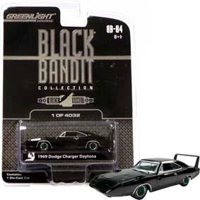 Dodge Charger Daytona (1969) Black Bandit RARO Green Machine 1/64