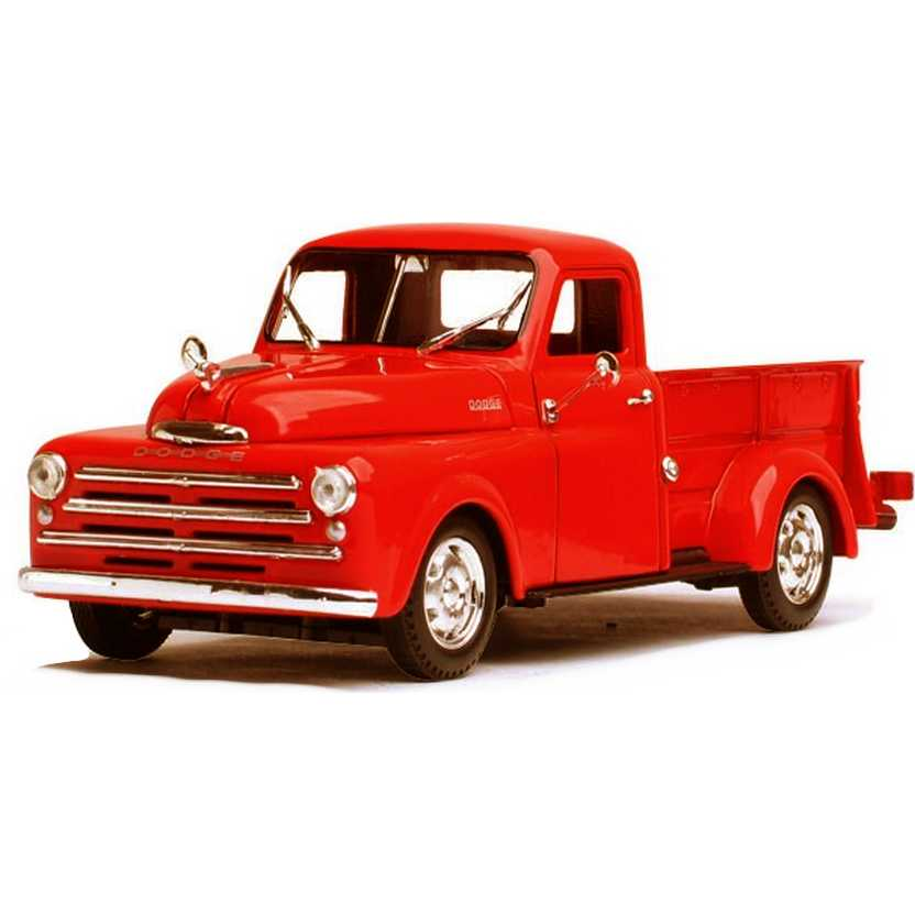 Dodge Pickup cor vermelha (1948) marca Signature Models escala 1/32