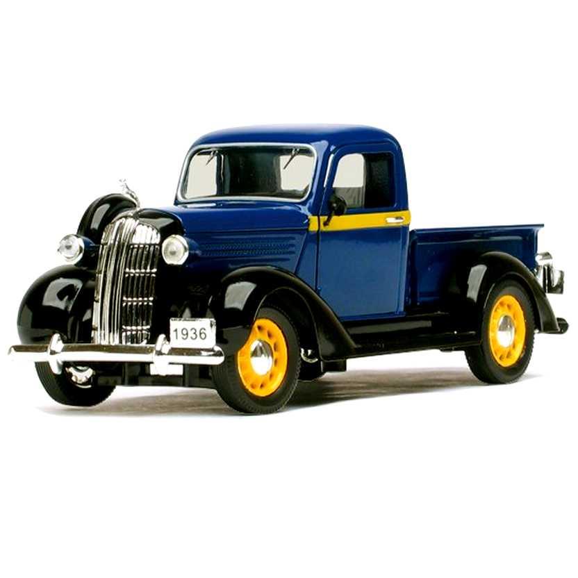 Dodge Pickup Truck (1936) miniatura marca Signature Models escala 1/32