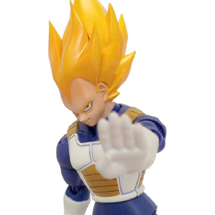 Dragon Ball Z S.H. Figuarts Super Saiyan Vegeta Bandai Action Figure (Premium Color Edition)