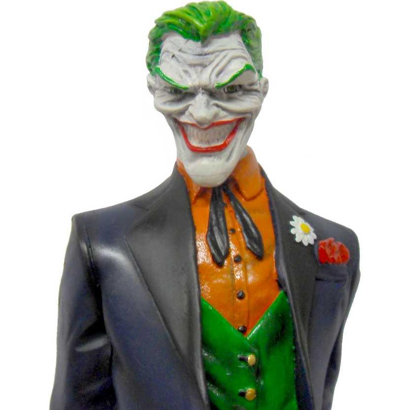 Estátua do Coringa com faca - Joker Statue