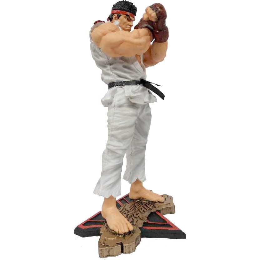 Estátua do Ryu Street Fighter 5 V