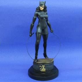 Estatueta da Mulher Gato (cinza)