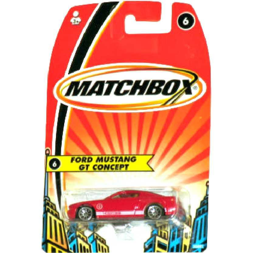 Eu sou a lenda 2005 Matchbox Ford Mustang GT concept #6 H5801 escala 1/64