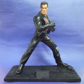 Exterminador 2 c/ base (Arnold Schwarzenegger)
