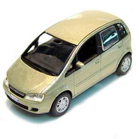 Fiat Idea (verde lagoon)