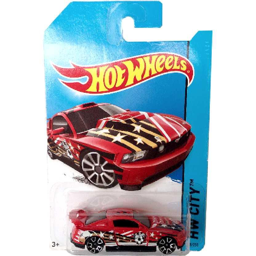 FIFA World Cup 2014 Hot Wheels Custom 12 Ford Mustang series 18/250 BFC41 escala 1/64
