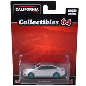 Ford Fusion (2013) Greenlight Green Machine California Toys Collectibles 1/64