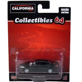 Ford Fusion Nigel Mansell x Nelson Piquet (2013) Greenlight California Toys 1/64