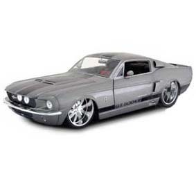 Ford Mustang Shelby GT-500 (1967) similar Eleanor do filme 60 Segundos
