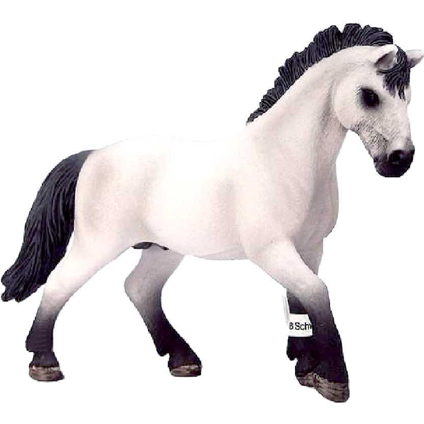 Garanhão Camargue 13710 marca Schleich Camargue Stallion