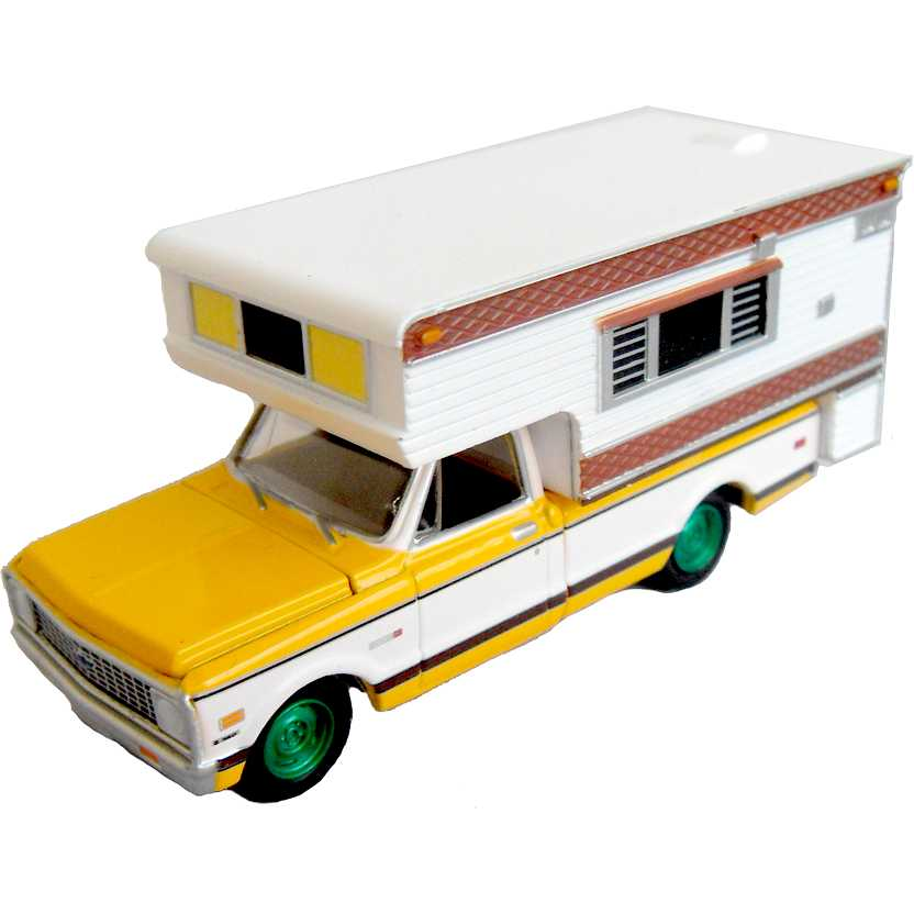 Green Machine Greenlight 1972 Chevrolet C20 Cheyenne Custom Camper - escala 1/64