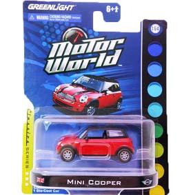 Greenlight Miniaturas Mini Cooper na escala 1/64  Motor World R3 96030