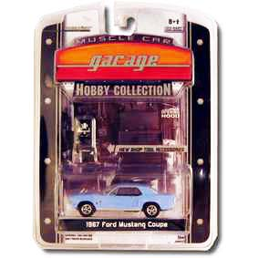 Greenlight Muscle Car 1/64 Garage Hobby Ford Mustang (1967) R2 28620