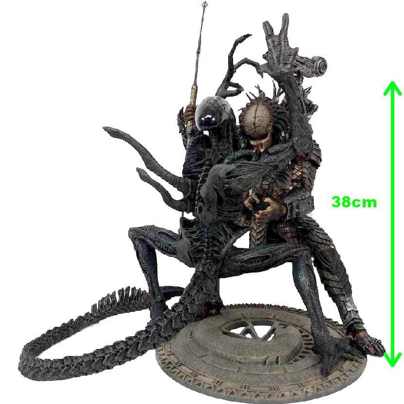 Grid Alien x Scar Predator (Alien vs Predador) AVP Mcfarlane 12 action figures (ABERTO)
