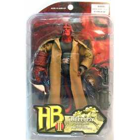 HellBoy 2 - The Golden Army : com charuto (aberto)