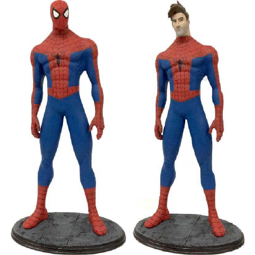 Homem Aranha no Aranhaverso com 2 cabeças ( intercambiáveis )