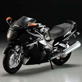 Honda CBR1100XX Blackbird moto Maisto escala 1/18