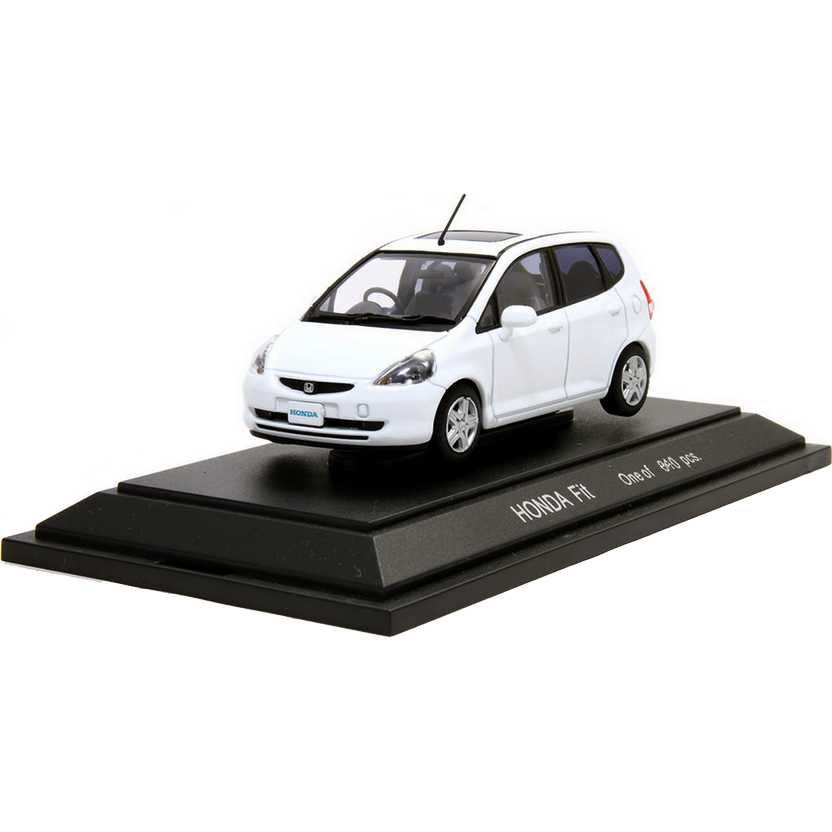 Honda Fit branco (2003) escala 1/43 com caixa de acrílico marca Ebbro