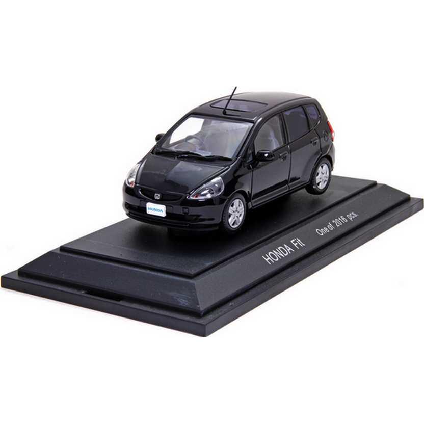 Honda Fit preto com caixa de acrílico marca Ebbro escala 1/43