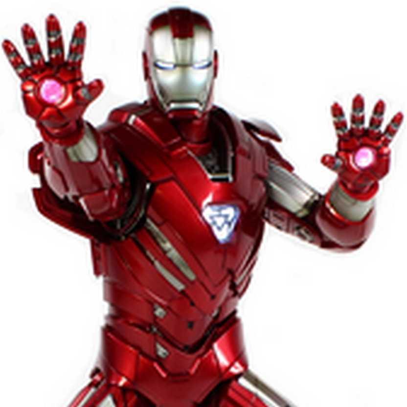 Hot Toys MMS213 Iron Man 3 Silver Centurion - Homem de Ferro III escala 1/6 com luz