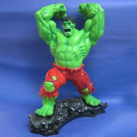 Hulk com calça vermelha