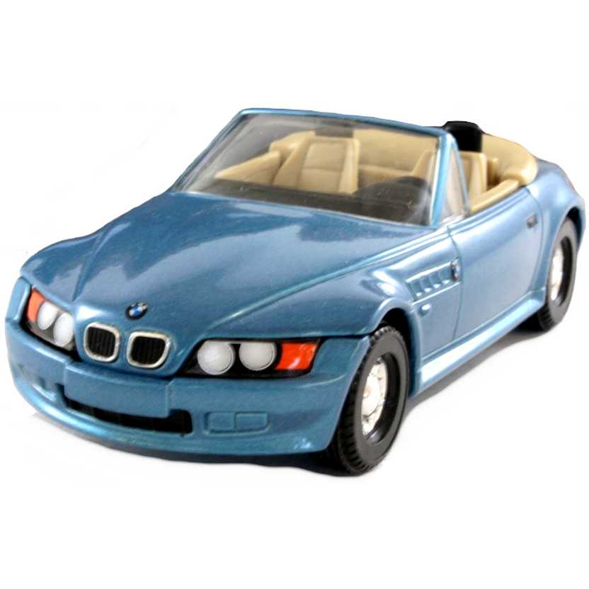 James Bond 007 ( GoldenEye ) BMW Z3 Roadster Corgi escala 1/36 04901
