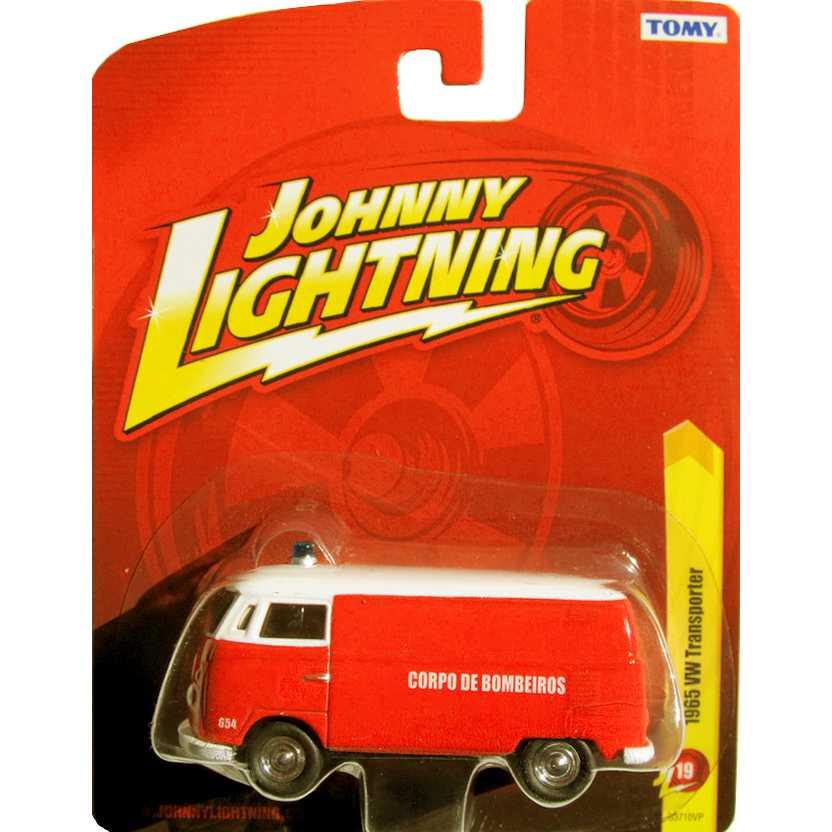 Johnny Lightning 1965 VW Kombi Bombeiros / Transporter 53710VP release 19 escala 1/64