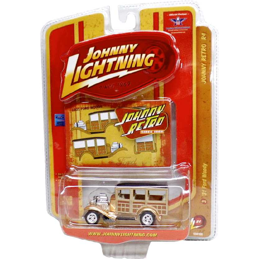 Johnny Lightning 31 Ford Woody escala 1/64