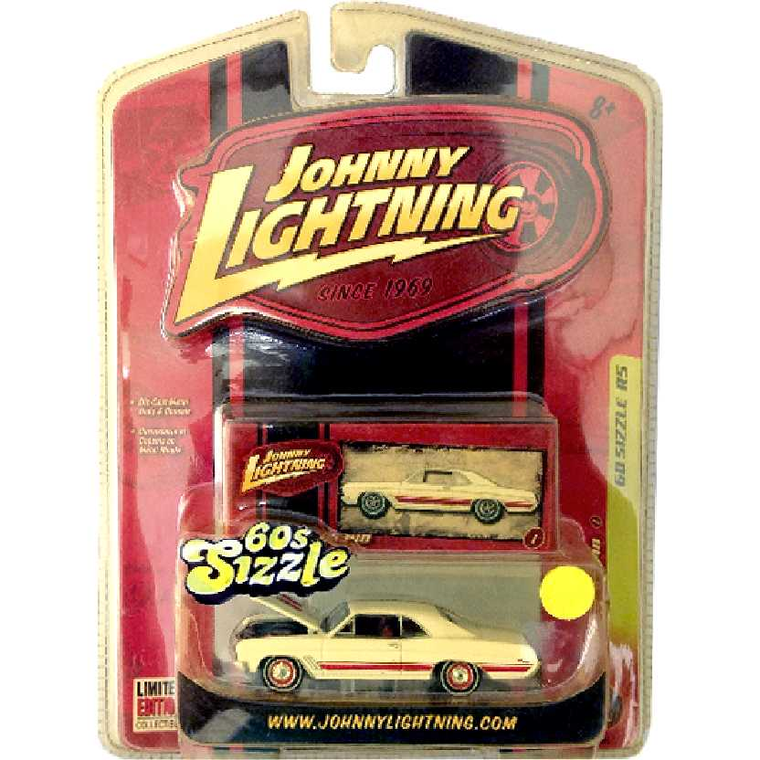 Johnny Lightning 67 Buick GS340 60 Sizzle R5 50188 escala 1/64