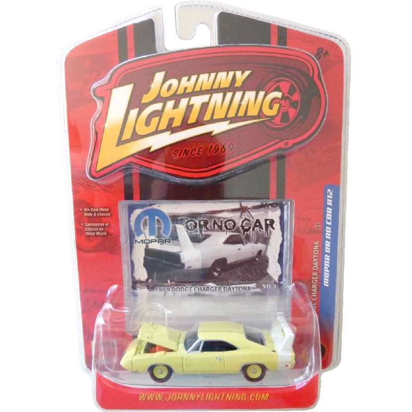 Johnny Lightning 69 Dodge Charger Daytona escala 1/64