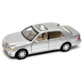 Lexus LS430 (2002) Miniatura Motor Max escala 1/18