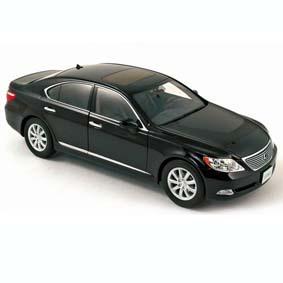 Lexus LS460 (2007)