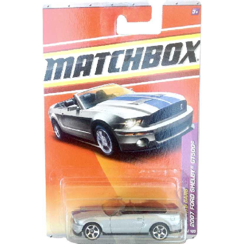 Linha 2011 Matchbox 2007 Ford Shelby GT500 7/100 T8915 escala 1/64