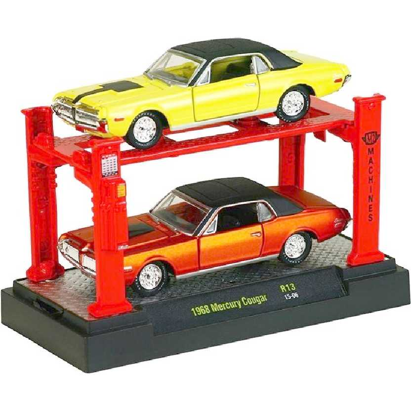 M2 Machines Auto Lift 2 pack 1968 Mercury Cougar release 13 escala 1/64 + Elevador