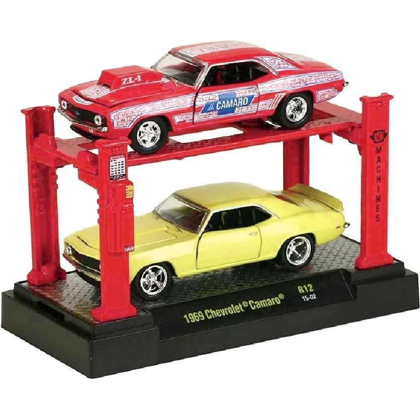 M2 Machines Auto Lift 2 pack 1969 Chevrolet Camaro release 12 escala 1/64 + Elevador
