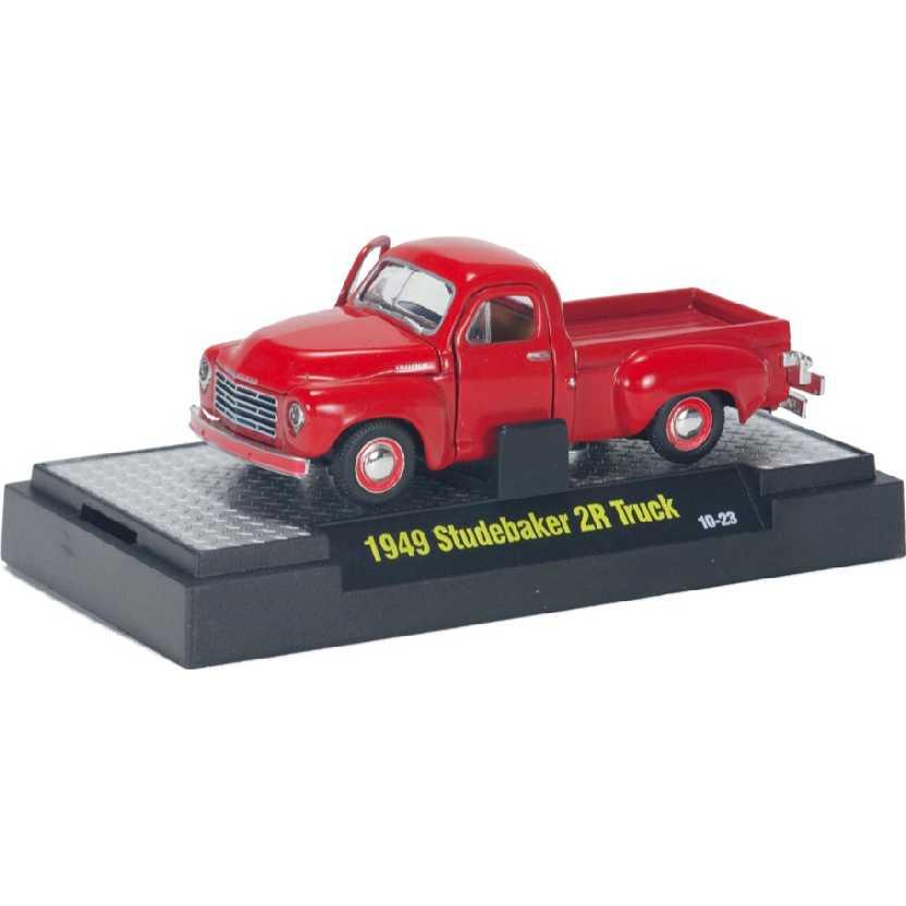 M2 Machines Auto-Thentics 1949 Pickup Studebaker 2R Truck escala 1/64 R14 31500