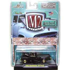 M2 Machines Chase Cars 1952 Studebaker 2R Pickup Truck Auto-Thentics R17 31500