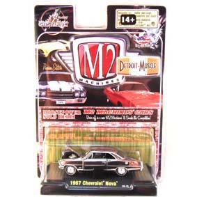 M2 Machines Chase escala 1/64 Cromado Chevrolet Nova (1967) R5 31600
